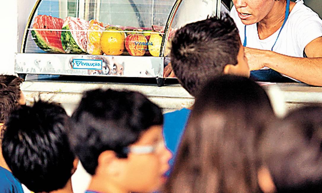 Lanchonete de escola no Rio com alimentos saudáveis a venda Foto: Foto de Leo Martins