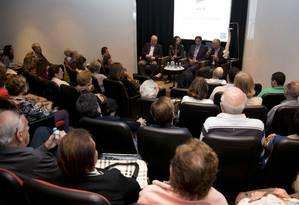 Encontro na Casa do Saber O Globo lotou auditório para debate sobre dor nas costas Foto: Paula Giolito / Paula Giolito