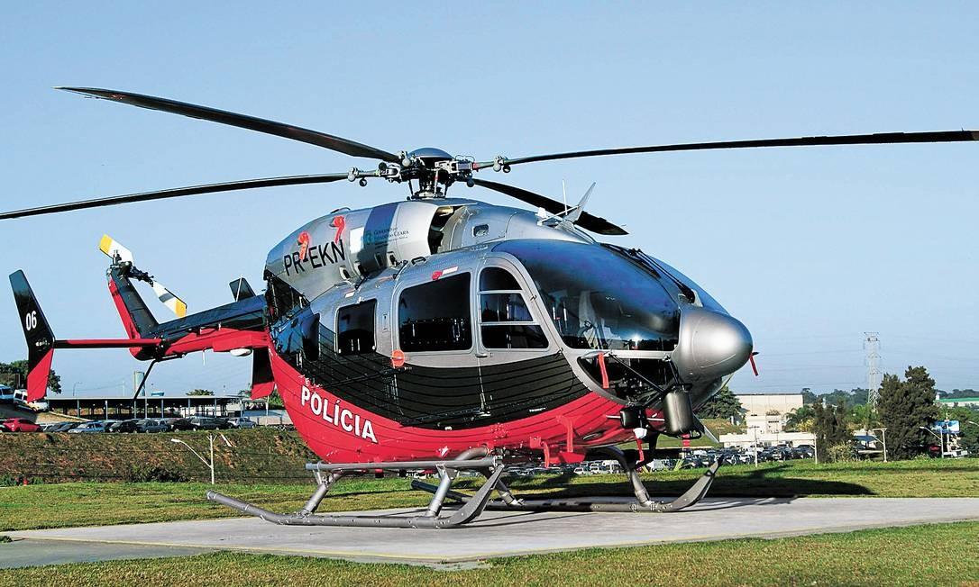 Helicóptero usado pela Polícia Civil cearense, mas adquirido pela pasta de Ciência, Tecnologia e Educação Superior, por meio de artifício que dispensou realização de licitação Foto: TMA/Germano Cavalcanti