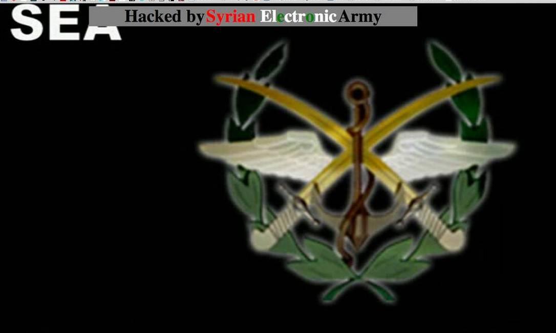 Imagem mostra mensagem do Exército Eletrônico Sírio no site do 'NYT' Foto: Reprodução/Mother Jones