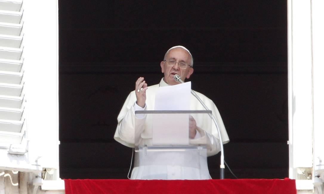 O Papa Francisco durante o sermão em que convocou um dia de orações e jejum pela paz na Síria Foto: Riccardo De Luca / AP/Riccardo De Luca