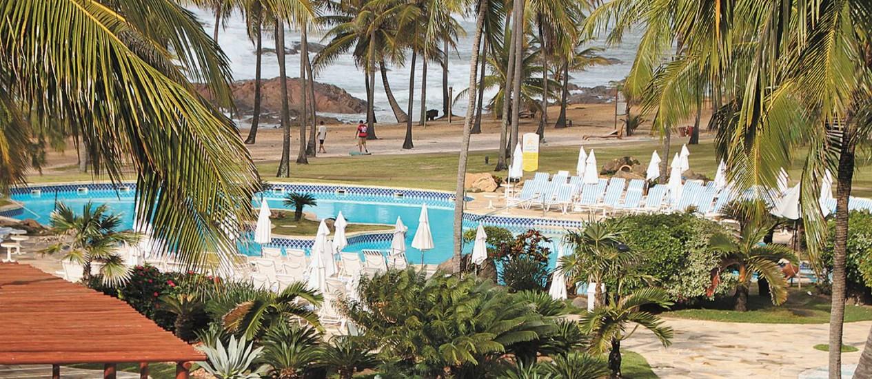 Uma das piscinas reformadas recentemente no resort Costa do Sauípe Foto: Eduardo Maia / O GLOBO