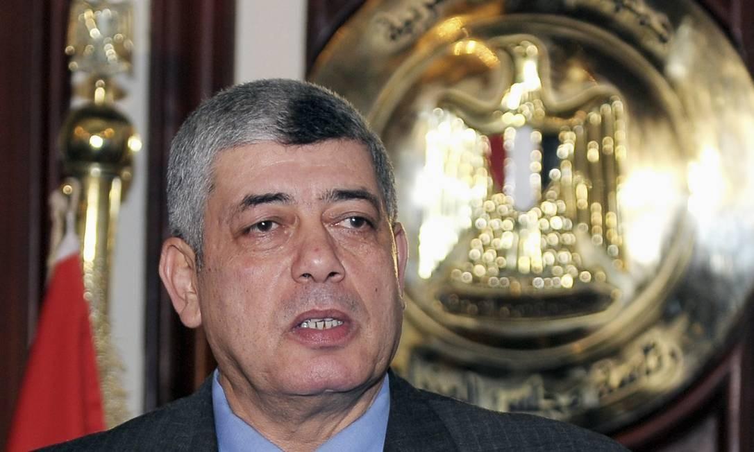 Ministro do Interior do Egito, Mohamed Ibrahim, em seu escritório no Cairo em 5 de janeiro Foto: STRINGER / REUTERS