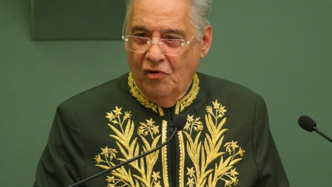 Ex-presidente FH discursa durante sua posse na ABL - Foto: Marcelo Carnaval / Agência O Globo