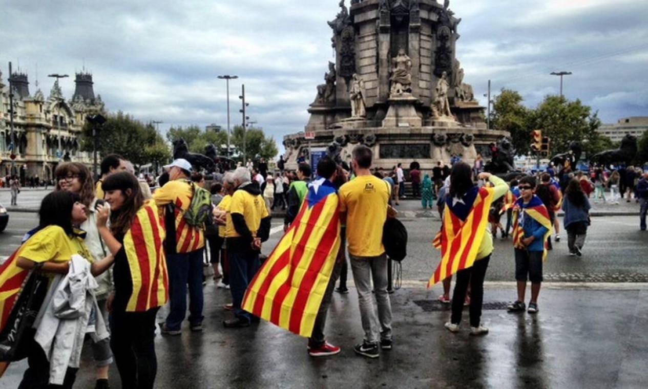 O ato também marca a comemoração pelo Dia Nacional da Catalunha Foto: Agência O Globo / Renato de Alexandrino