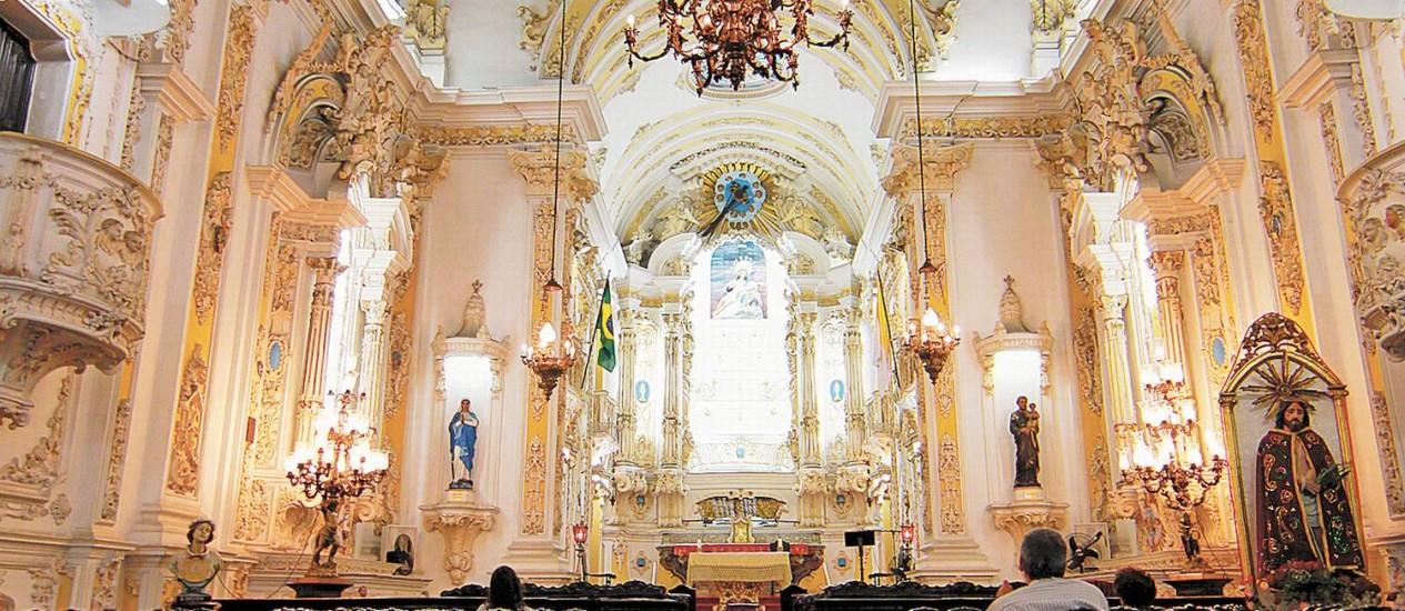Na Primeira de Março, templo que sedia a Irmandade Santa Cruz passou por restauração Foto: Gustavo Miranda