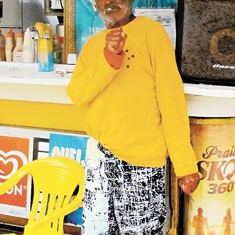 Cobra Coral é amigo de Pagodinho Foto: Vera Araújo / Agência O Globo