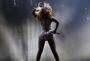 A apresentação mais esperada desta sexta-feira, a de Beyoncé, começou com 15 minutos de atraso, no Palco Mundo Foto: Ivo Gonzalez / Agência O Globo