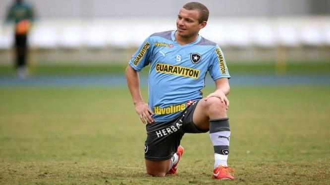 Marcelo Mattos durante treino no Engenhão Foto: Divulgação / Botafogo
