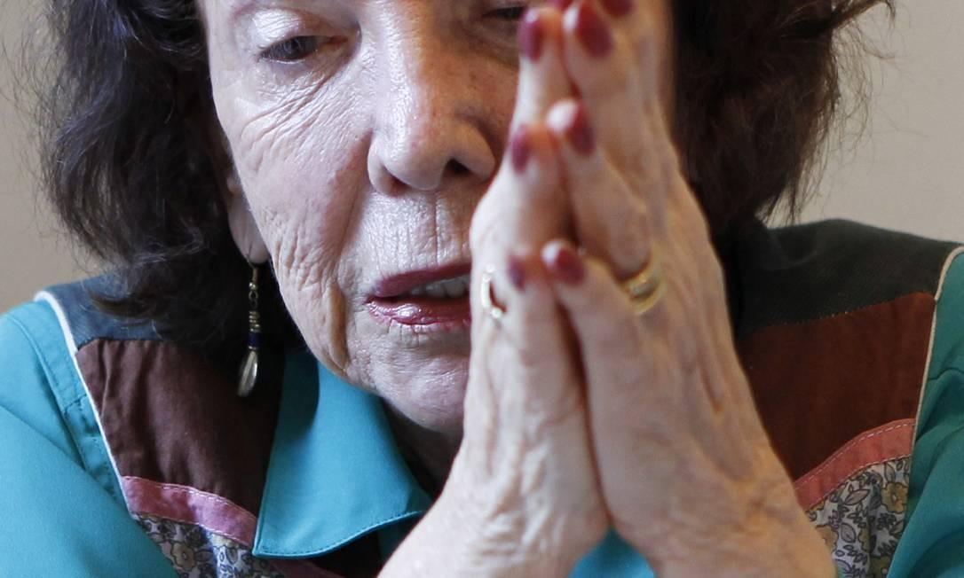Aos 82 anos, a demógrafa Elza Berquó, na sede do Cebrap, aonde vai trabalhar diariamente Foto: MichelFilho / Michel Filho