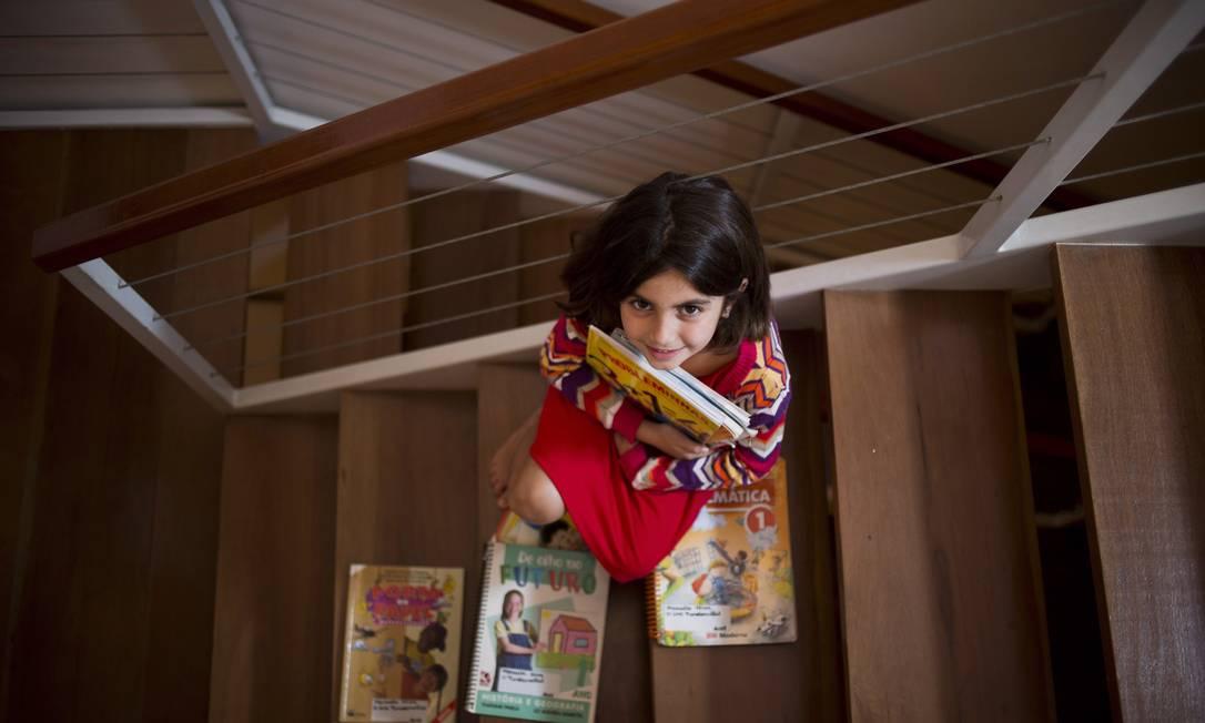 Antes de entrar no Santo Agostinho, Manuela chegou a fazer quatro provas Foto: Agência O Globo / Paula Giolito