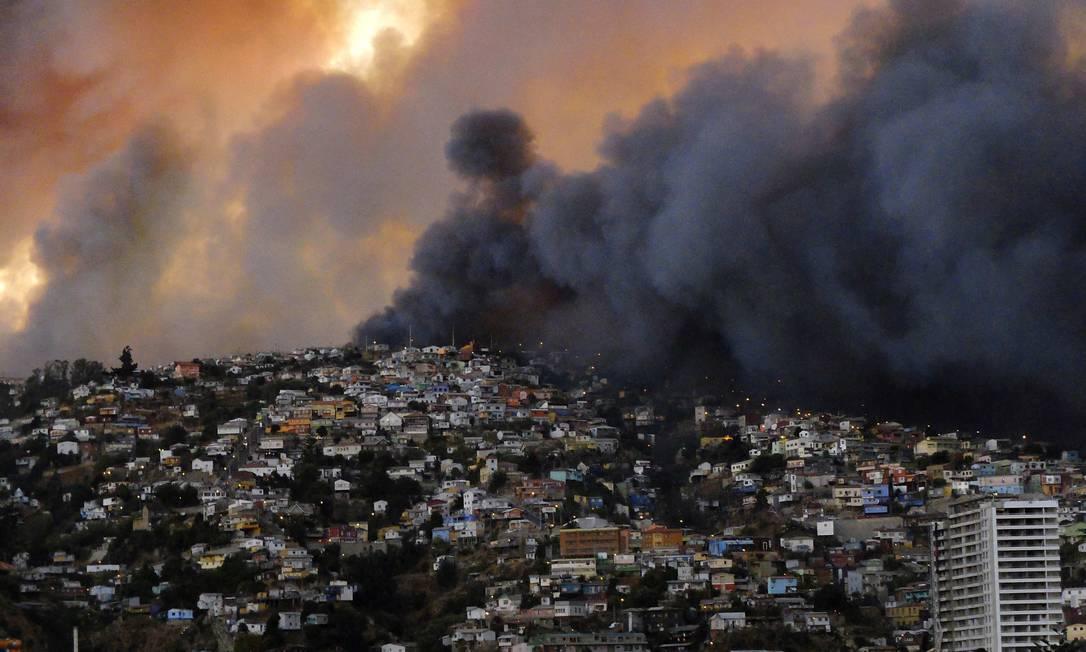 O acidente atingiu aproximadamente O acidente, que atingiu 270 hectares da cidade Foto: / REUTERS/Cesar Pincheira