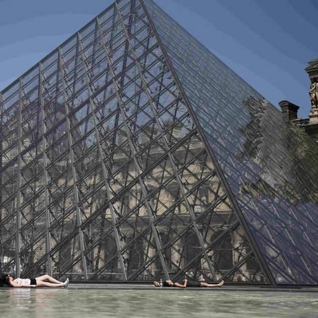 Pedido de visita de alunos de Tel Aviv ao Louvre foi negado em maio; museu nega discriminação Foto: CHARLES PLATIAU / Reuters