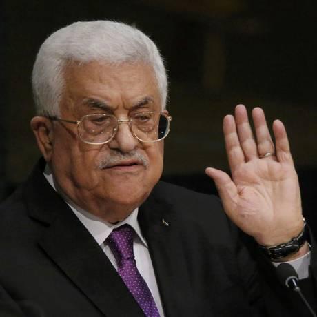 Mahmoud Abbas chamou Peres de um corajoso sócio para a paz Foto: CARLO ALLEGRI / REUTERS