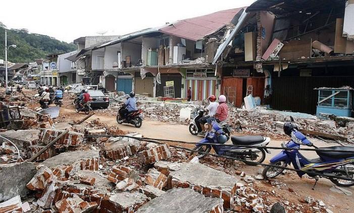 Padang ficou reduzida a escombros depois do terremoto Foto: Reuters
