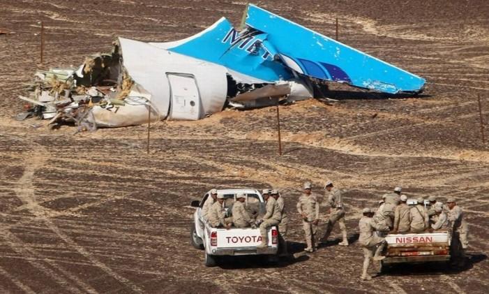 Destroços na região do Sinai Foto: AFP