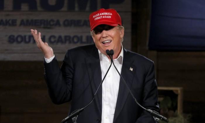 Candidato à presidência americana, Donald Trump faz discurso de campanha Foto: CHRIS KEANE / REUTERS