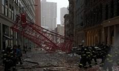 Queda de guindaste em Manhattan deixa um morto e dois feridos Foto: Reprodução polícia