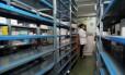 Falta de remédios afeta pratileiras de farmácias na Venezuela