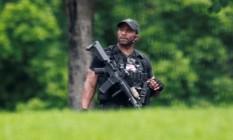 Autoridade do serviço secreto americano ronda pelo complexo da Casa Branca após alerta por pacote suspeito Foto: YURI GRIPAS / REUTERS