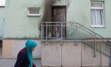 Ninguém ficou ferido na explosão em frente a mesquita Foto: Sebastian Kahnert / AP
