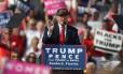 Donald Trump em comício em Sanford, Flórida Foto: Joe Raedle / AFP