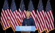 A candidata democrata Hillary Clinton fala sobre a reabertura da investigação sobre seu sistema de emails privado: 'FBI precisa apresentar informações completas' Foto: Andrew Harnik / AP