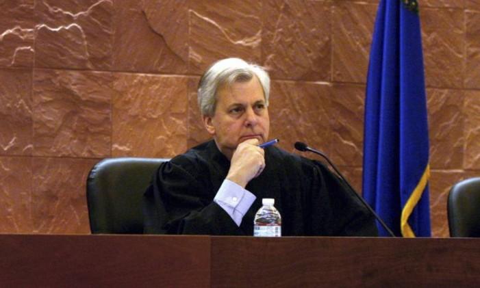 Juiz Richard Clifton em sessão da corte na cidade de Las Vegas, Nevada. Foto: Jeff Scheid / AP
