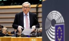Jean-Claude Juncker participa nesta quarta-feira de conferência para apresentar possíveis cenários pós Brexit Foto: Yves Herman / Reuters