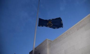 Bandeira da Scotland Yard foi colocada a meio mastro Foto: Divulgação/Metropolitan Police