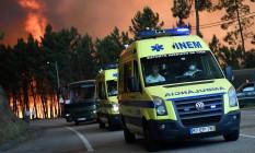 Ambulâncias na região de Pedrógão Grande, alvo de incêndio florestal Foto: Francisco Leong / AFP