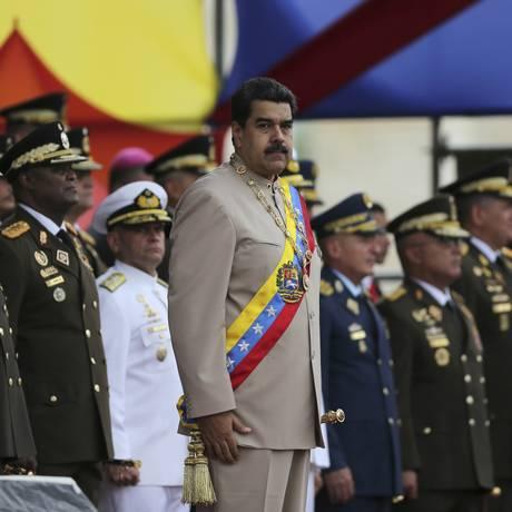 O presidente da Venezuela, Nicolás Maduro, em cerimônia militar Foto: Fernando Llano / AP / 24/06/2017