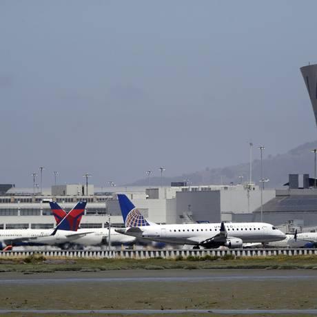 Aeroporto internacional de São Francisco Foto: Marcio Jose Sanchez / AP
