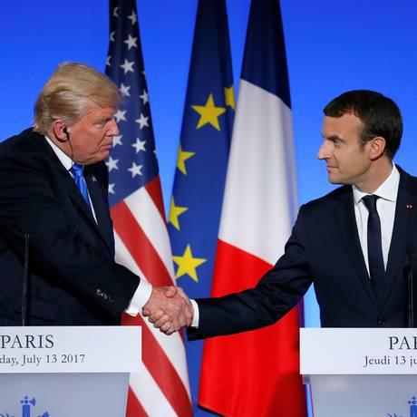 Os presidentes Donald Trump (EUA, esquerda) e Emmanuel Macron (França) Foto: GONZALO FUENTES / REUTERS