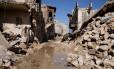 Destroços de casas na Cidade Antiga de Aleppo, na Síria