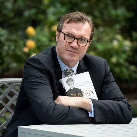 O escritor Andew Morton, biógrafo da princesa Diana Foto: CHRIS J RATCLIFFE / AFP