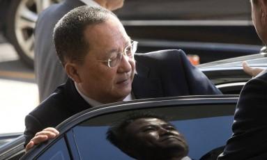 O ministro do Exterior da Coreia do Norte, Ri Yong Ho Foto: Mark Schiefelbein / AP