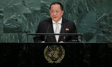 O ministro do Exterior da Coreia do Norte, Ri Yong-ho Foto: EDUARDO MUNOZ / REUTERS