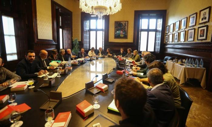 Catalunha: Puigdemont pode entregar objecções a artigo 155 até 5.ªfeira