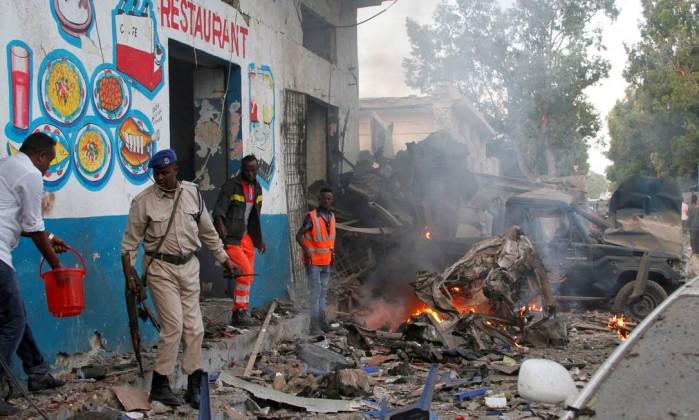 Fortes explosões atingem Mogadíscio e deixam vários feridos na Somália (FOTOS, VÍDEOS)