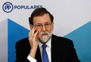 O presidente do governo espanhol, Mariano Rajoy, do Partido Popular, que viu sua presença encolher no Parlamento catalão após as eleições em dezembro Foto: OSCAR DEL POZO / AFP