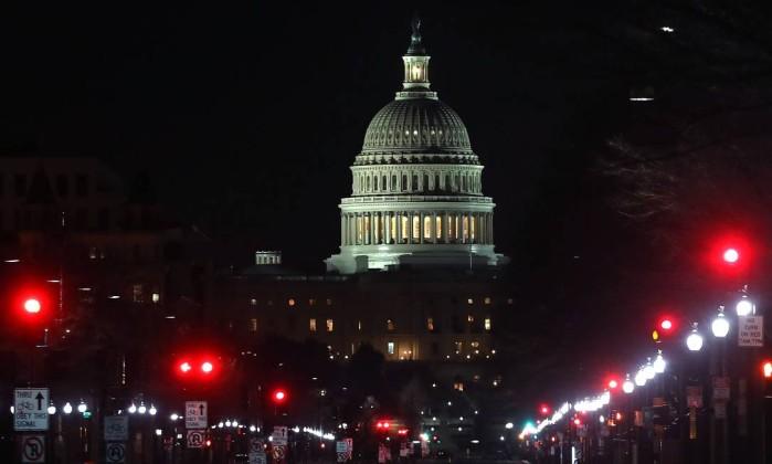 Senado dos EUA chega a acordo sobre orçamento