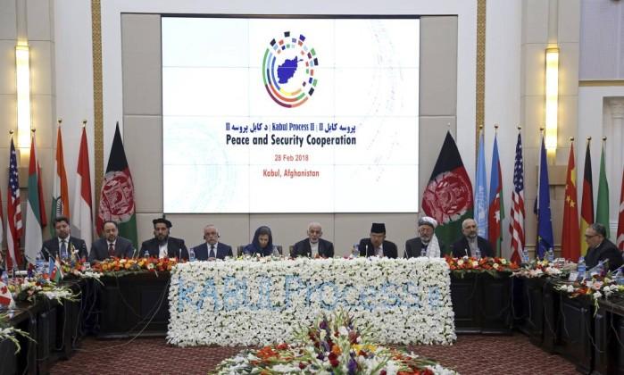 Talibã ignora proposta afegã sobre acordo de paz