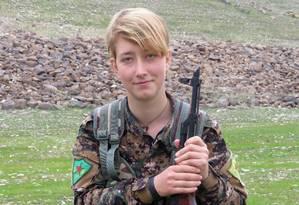 Imagem oferecida pela Unidades de Proteção das Mulheres. Anne Campbell morreu quando o comboio militar em que estava foi atacado por míssil turco. Foto: YPJ Press Office / AFP