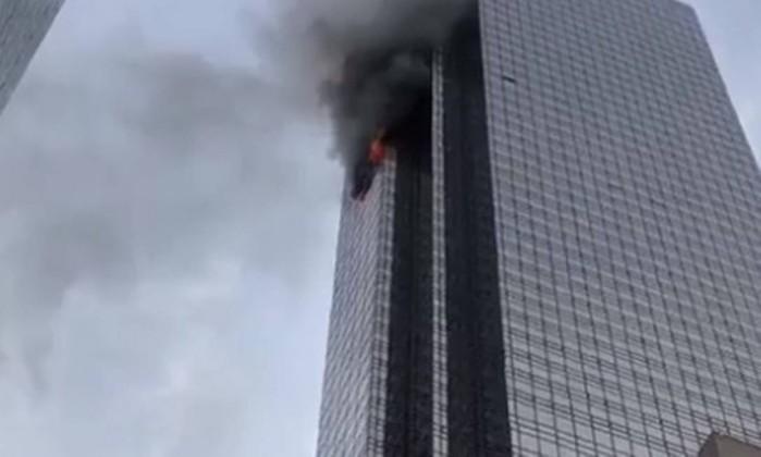 Incêndio na Trump Tower faz um morto