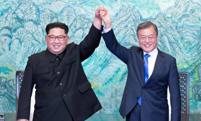 Resultado de imagem para Líderes das Coreias