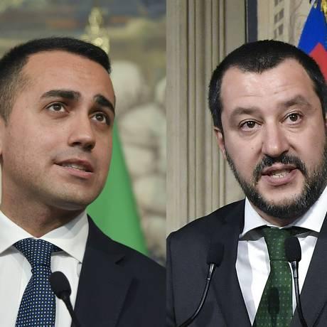 Os líderes do Movimento Cinco Estrelas e da Liga Norte: Luigi Di Maio e Matteo Salvini Foto: TIZIANA FABI / AFP