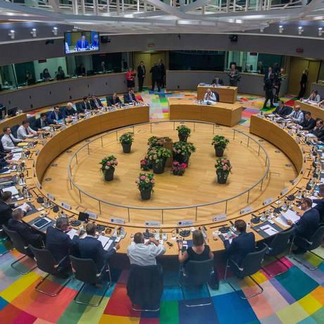 Plenário do Conselho Europeu em Bruxelas. Líderes discutem migração e reforma da zona do euro Foto: STEPHANIE LECOCQ / AFP