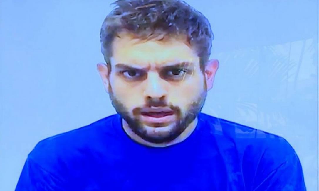 """O deputado venezuelano Juan Requesens, em imagem de vídeo em que """"confessa"""" conspirar contra Nicolás Maduro Foto: AFP TV / AFP"""