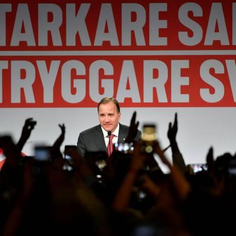 O primeiro-ministro sueco, Stefan Löfven, dos social-democratas, em discurso depois das eleições deste domingo Foto: TT NEWS AGENCY / REUTERS